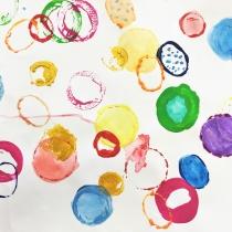 Umění nepořádných hostů, Julie Hrušková, 6 let